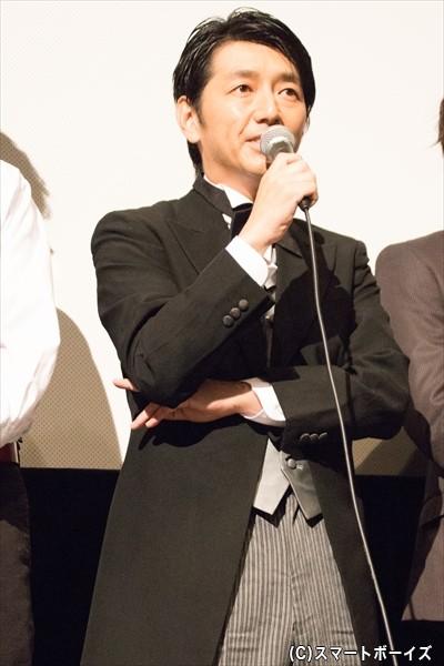 懐中電灯の男役/川本成さん
