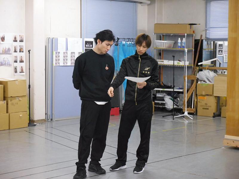 SolidS・篁志季役の日向野祥さん、QUELL・和泉柊羽役の田中稔彦さん
