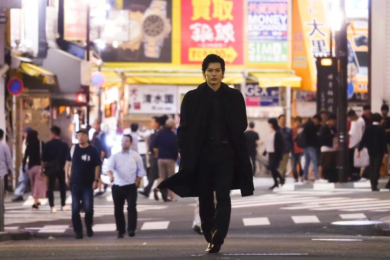 崎山つばさが、歌舞伎町を舞台にしたダークヒーローに!