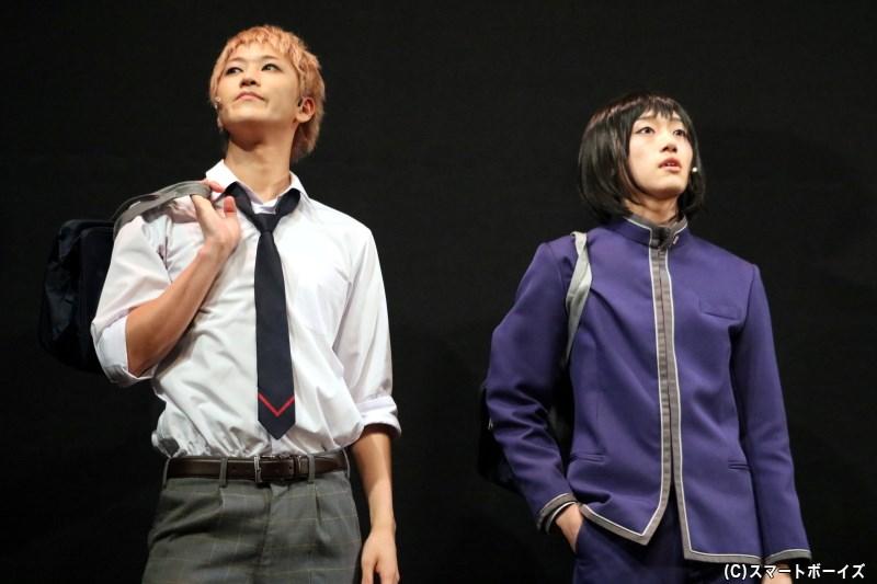 ともにハローキティを愛する吉野俊介(左・吉澤 翼さん)と豊原夢ノ介(右・定本楓馬さん)
