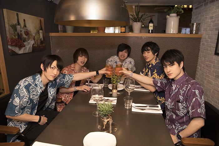 (左から)和田雅成さん、植田圭輔さん、岸本卓也さん、白柏寿大さん、松村龍之介さん