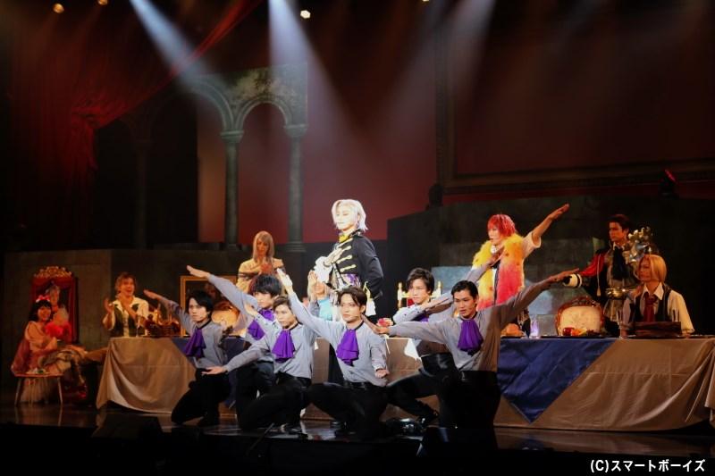 晩餐会を催したルオーシュは、完璧王子(パーフェクトガイ)ぶりをダメ王子たちに披露!