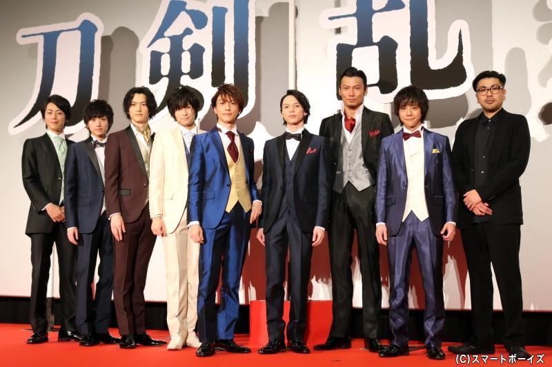 『映画刀剣乱舞』より、刀剣男士キャスト8名&耶雲哉治監督がレッドカーペットへ集結!