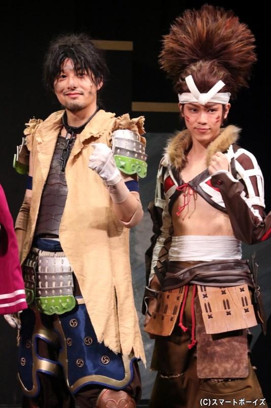(左から)黒田官兵衛役の伊藤裕一さん、宮本武蔵役の西野太盛さん