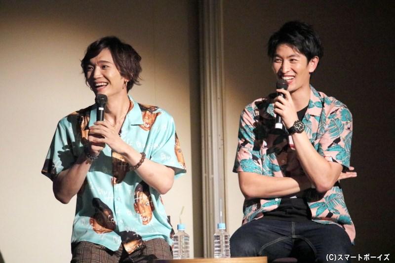 台湾での思い出の映像をみて、自分たちでも笑いがこぼれます