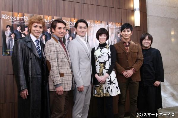 (左より)猪塚健太さん、高橋光臣さん、加藤和樹さん、凰稀かなめさん、松田悟志さん、深作健太さん