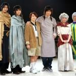 (左から)小坂涼太郎さん、三浦海里さん、深澤大河さん、滝川広大さん、大西桃香さん(AKB48)、飯田里穂さん