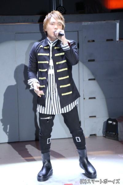 オープニングテーマを歌うのは幡野智宏さん