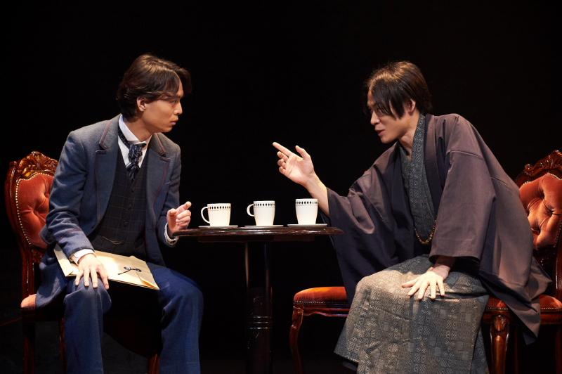 (左から)南役の溝口琢矢さん、出泉七朗役の藤原祐規さん