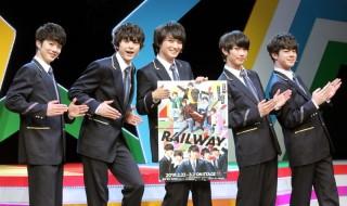 (左から)開幕会見に登壇した佐藤信長さん、遊馬晃祐さん、鷲尾修斗さん、滝澤 諒さん、宇佐卓真さん