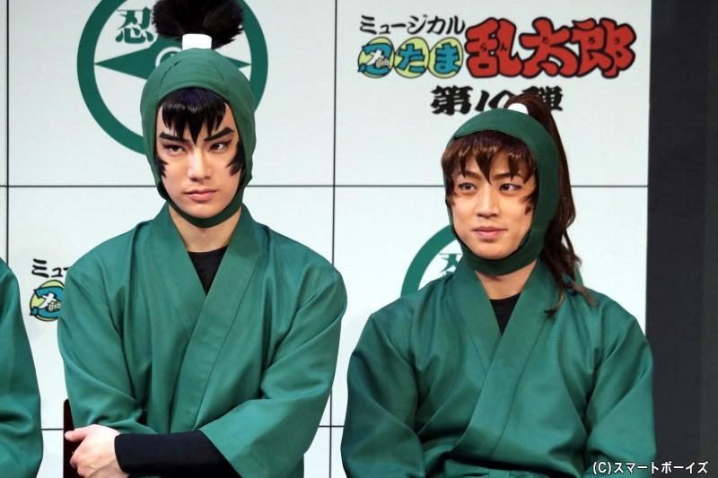 (左から)食満留三郎役の秋沢健太朗さん、善法寺伊作役の反橋宗一郎さん