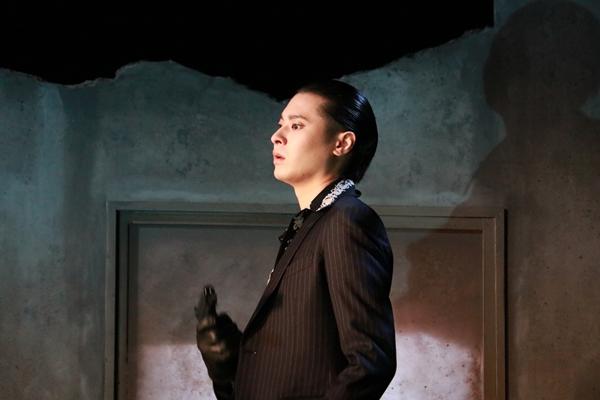 畠山遼さん演じる叶谷大志は、ドッキリ番組の企画でヤクザ役を演じる仕掛け人だが……