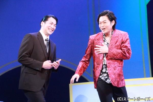 (左)徳山秀治役の磯貝龍虎さん、(右)轟総一郎役の山﨑雅志さん