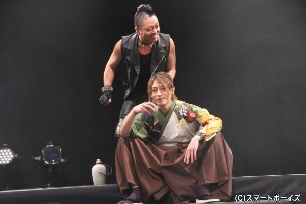 元剣士の勘三郎は日々酒を飲む生活を送る
