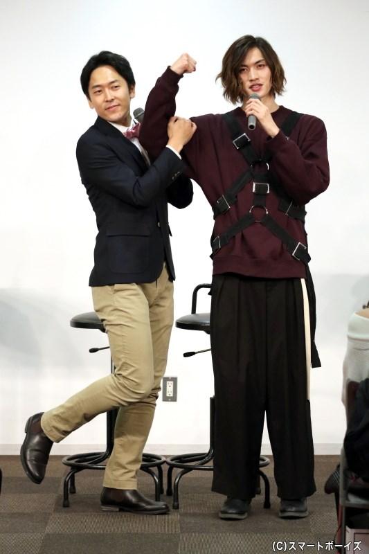 川上さんの全身ショット!せとさんも180cnの高身長なのに小さく見えます
