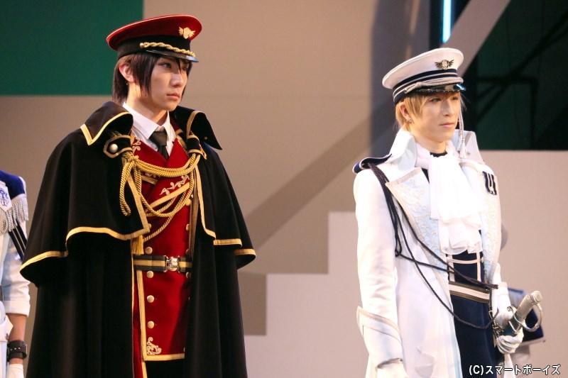 (左から)篁 志季役の日向野祥さん、和泉柊羽役の田中稔彦さん