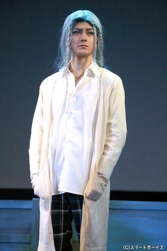雪女役の松村龍之介さん