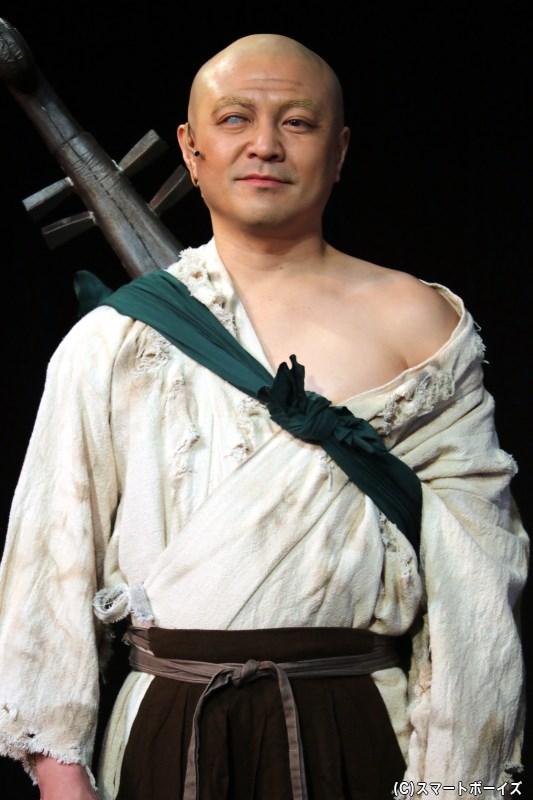 琵琶丸 役の赤塚篤紀さん