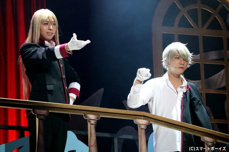女の子好きな第五王子・リヒト(蒼井翔太さん)、口下手な第二王子・カイ(右・安里勇哉さん)