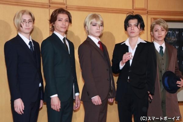 (左より) 山本一慶さん、久保田秀敏さん、鈴木勝吾さん、平野良さん、鎌苅健太さん