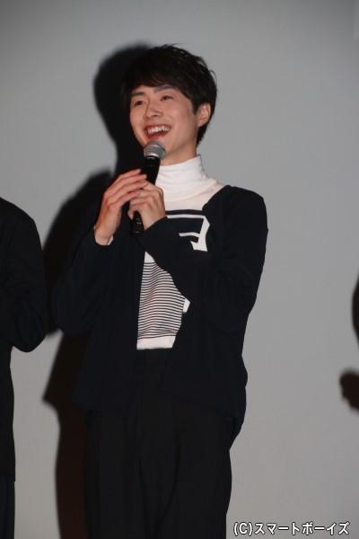 佐藤信長さん 担当カラーは「PINK」、担当フレグランスは「フローラルノート」