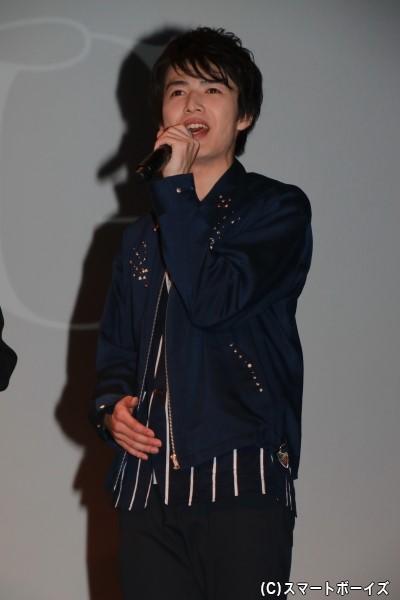 坂垣怜次さん 担当カラーは「ORANGE」、担当フレグランスは「オリエンタルノート」