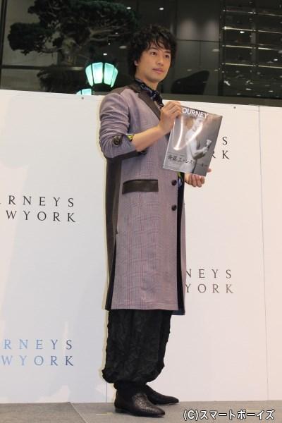 バツグンのスタイルの斎藤さんの全身ショット