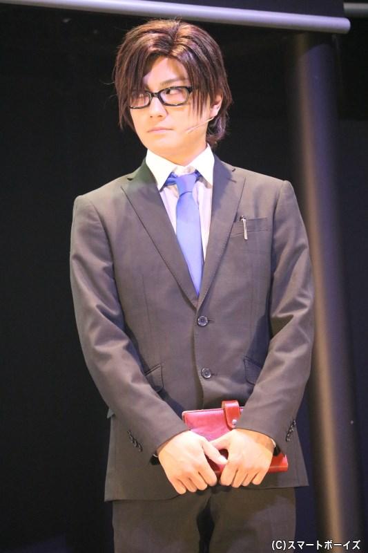 メンバーたちの企画案が心配でならない、マネージャー・加賀真実役の松村泰一郎さん