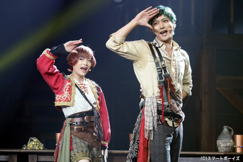(左から)卯川晶asアンリ役の星元裕月さん、戌峰誠士郎asジョバンニ役の丹澤誠二さん
