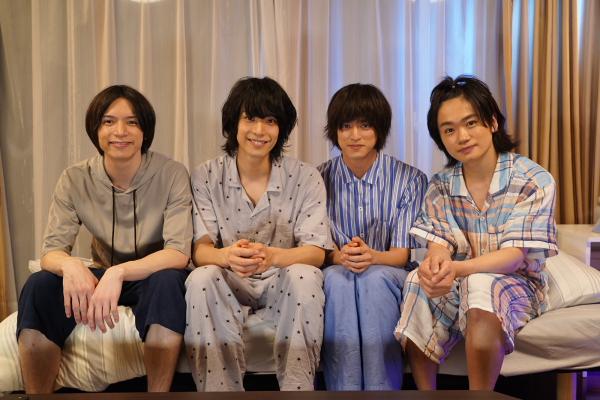 1人目のゲストは北村諒さん!(左端)