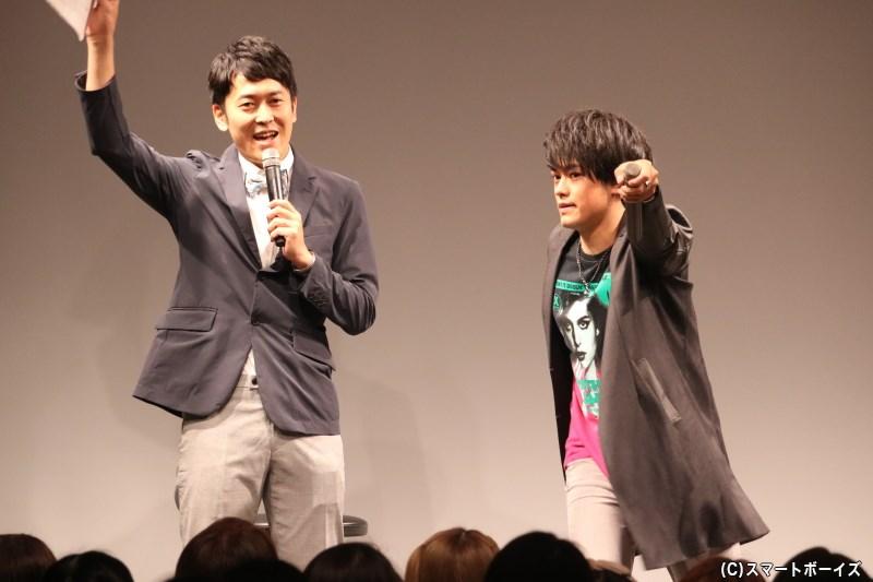 MC・せとたけおさん(写真左)と、オープニングから元気にトーク!