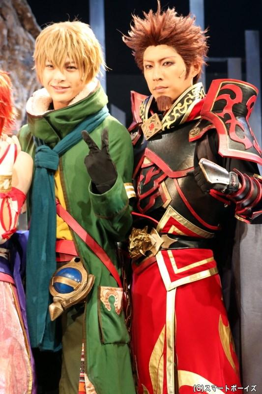(左から)オーティマ役の遊馬晃祐さん、オライオン役の小笠原健さん
