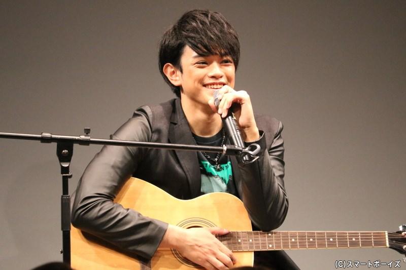 前田隆太朗さんがギターにも挑戦! 豪華ゲストも登場のバースデーイベントをレポート