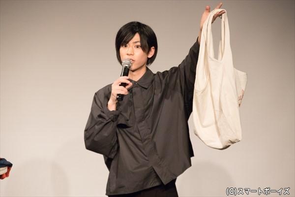 「オーバーオールを着るときに、よくこのかばんを合わせてました」