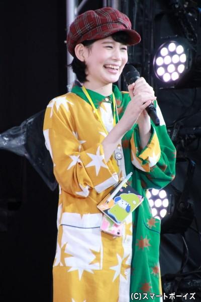 龍井うい役の金城茉奈さん