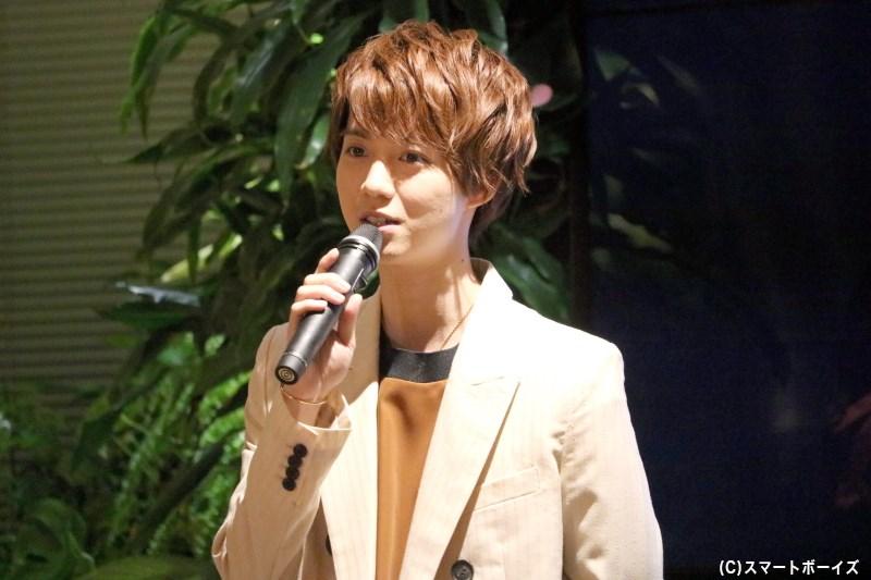 小越さんは玲二の新相棒となる、天才を自称する青年・柳沢祐介を演じます
