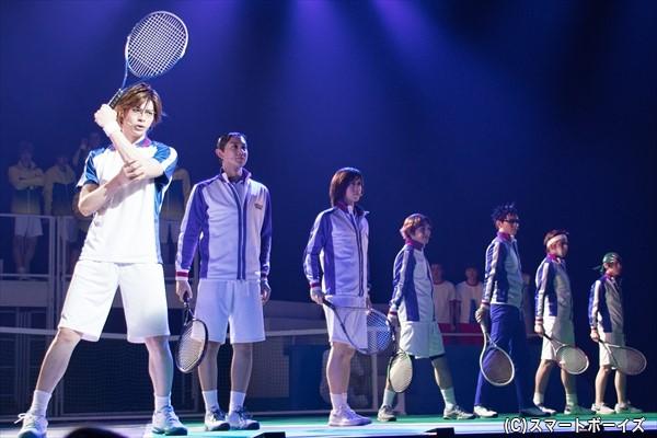 青学(せいがく)はハプニングに見舞われながら、決勝戦に立ち向かう……!