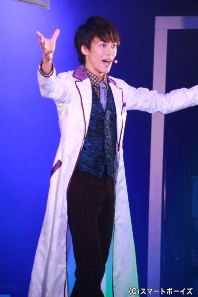 ドクター役の内海啓貴さん