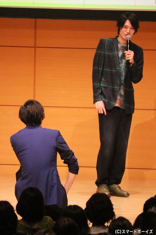 相手役としてスタンバイさせられた菊池さんも戸惑う、壮大な物語をみせる高本さん(笑)