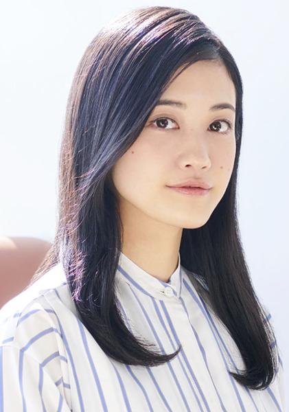 ユージェニー・ド・ダングラール役の小泉萌香さん