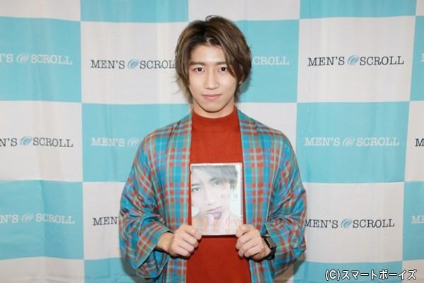 1stDVD『30030』をリリースした納谷健さん