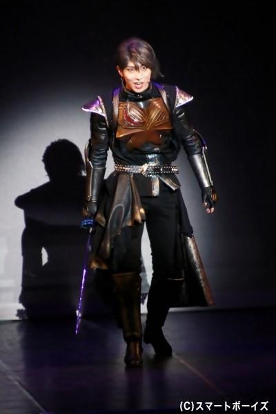 ジャグラス ジャグラー役の谷佳樹さん