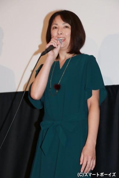 櫻井さん演じる山本良子は、乳がんの再発と肺への転移で余命宣告を受けた3人の子を持つ母親