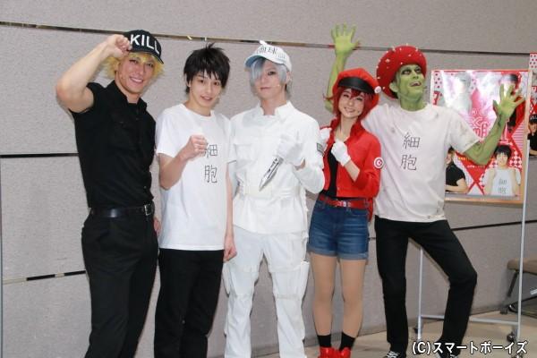 (左より)君沢ユウキさん、杉江大志さん、北村諒さん、川村海乃さん、髙木俊さん