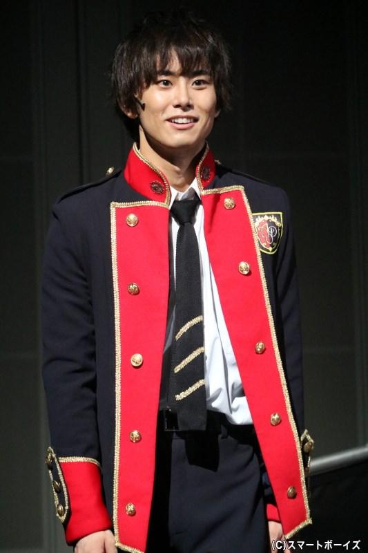 セント・アモーディ学園へ転入してきた、優しく人懐こい青年・ルカ(正木 郁さん)