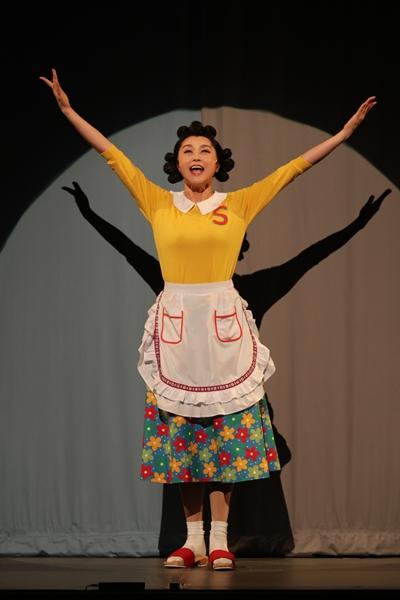 舞台「サザエさん」藤原紀香