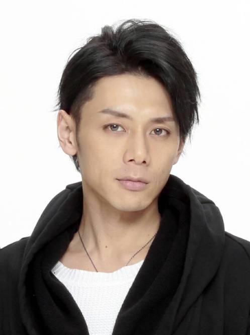 1,富田翔