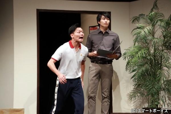 (右)教師・夏井望役の平野宏周さん (左)新人教師・橘陸夫役の丸山隼さん