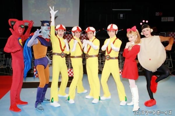 (左より)浜ロンさん、村上幸平さん、髙﨑俊吾さん、古谷大和さん、安達勇人さん、中村誠治郎さん、星元裕月さん、阿部快征さん