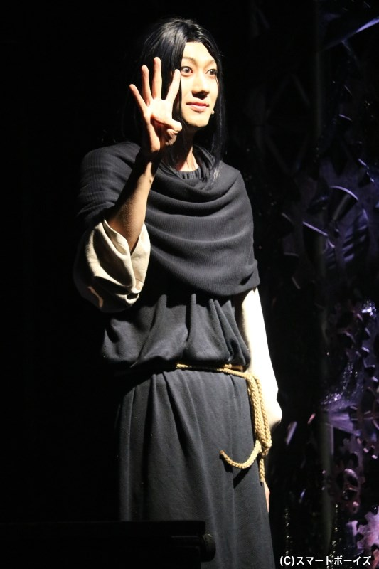 白金役の小坂涼太郎さん